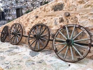 eski kağnı tekerlekleri