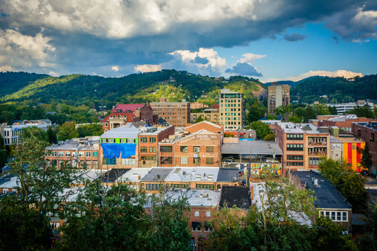 View of mountains and buildings in downtown Asheville, North Car