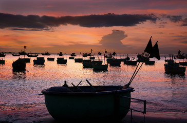 Vietnamese round fishing boat-baskets