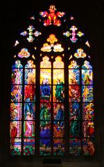 중세 유럽 성당의 스테인드글라스
