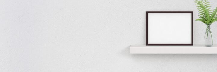 Regal mit Bilderrahmen und Vase - Banner mit Textfreiraum