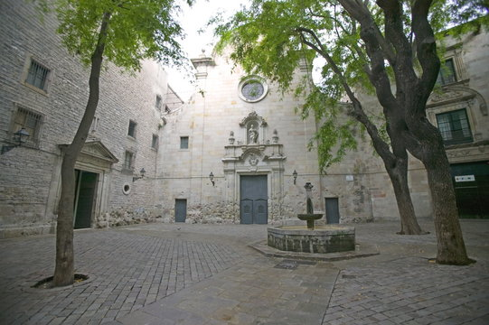 Sant Felip Neri Square, Civil War signs, Gothic Quarter, Barcelona, Catalonia, Spain