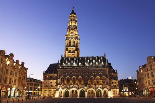 Gothic Town Hall (Hotel de Ville) and Belfry tower, Petite Place (Place des Heros), Arras, Nord-Pas de Calais, France