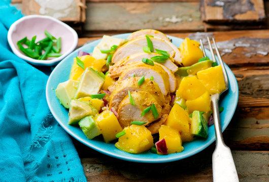 Avocado, Mango and Grilled Chicken Salad