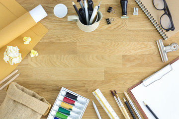 Desk of artist hero header