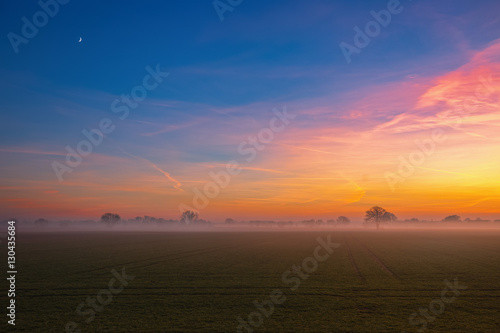 sonnenuntergang mit nebel und - photo #45