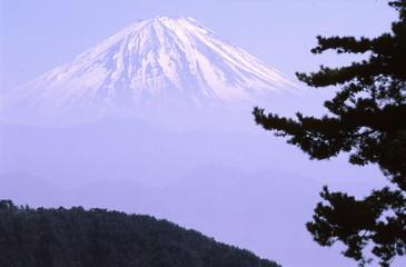 富士山と霞