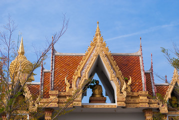 temple roof thailand