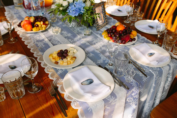 Table setting. Lace tablecloth