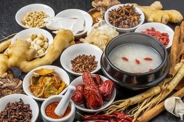 朝鮮人参と漢方薬 薬膳 健康食 Chinese medicine and ginseng
