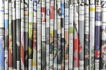 verschiedene regionale und überregionale deutsche Tageszeitungen