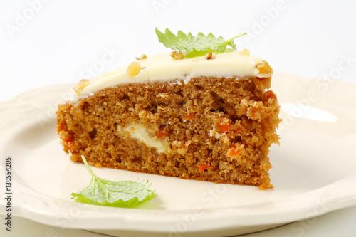 "Carrot cake with cream cheese icing"" Stockfotos und lizenzfreie ..."