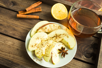sliced apples with cinnamon and anise