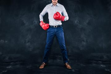ボクシンググローブと男性