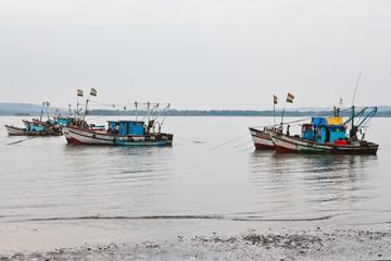 Рыбацкие лодки / Fishing boats