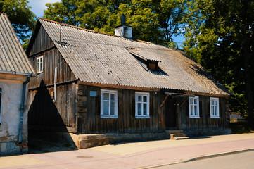 Ein sehr altes polnisches Bauernhaus in Ostpolen