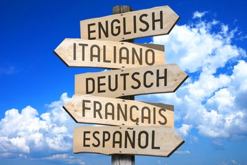 "Wooden signpost - languages concept - ""English, Italiano, Deutsch, Francais, Espaniol"" (English, Italian, German, French, Spanish) - ""English, Italian, German, French, Spanish"" (English."