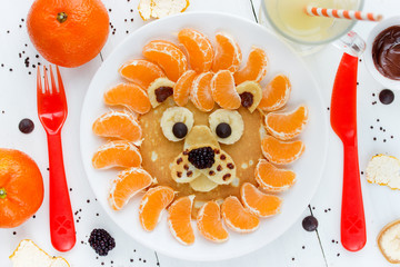 Lion pancakes - funny breakfast idea for kids