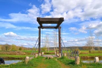 Pont sur le canal de la Nièvre