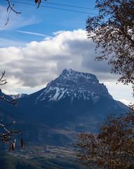 La Peña Montañesa desde  Puértolas en Huesca, España, Diciembre de 2016 OLYMPUS DIGITAL CAMERA