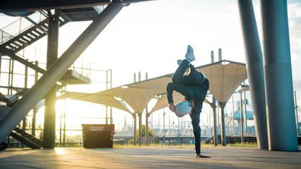 Tänzer - Handstand
