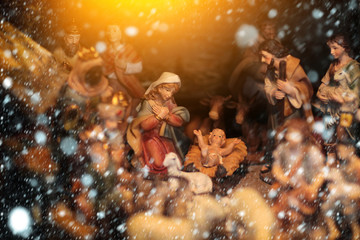 christmas child birth figurines set