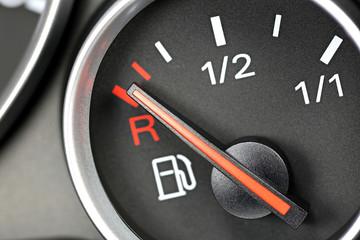 fuel gauge in car dashboard - empty