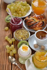 Healthy vegetarian breakfast