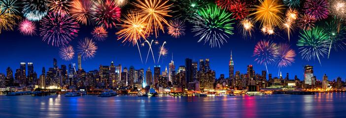 Großes Feuerwerk in New York, USA