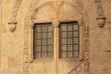 Mullioned window.