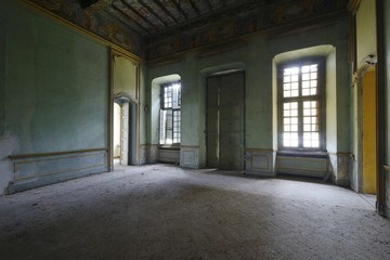 Urbex - ancient abandoned luxury room