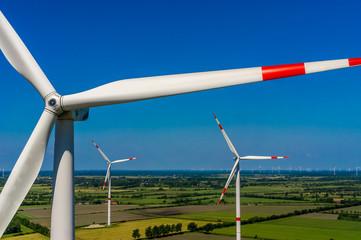Windkraftanlage Luftbild im Windpark