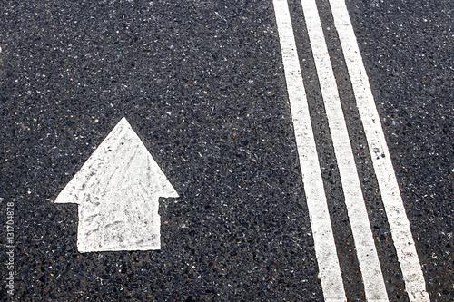 """""""Road lines an arrows"""" Stockfotos und lizenzfreie Bilder ..."""