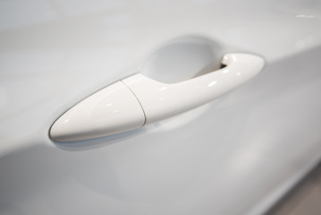 Doorhandle a white car