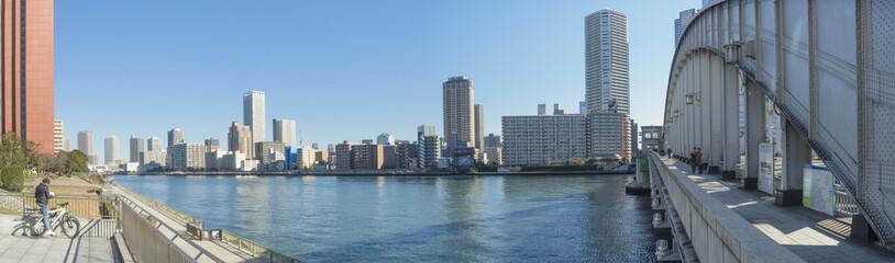 東京風景(勝鬨橋から佃島方面)