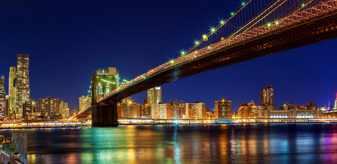 New York - Panoramic view of Manhattan Brooklyn Bridge by night, big size
