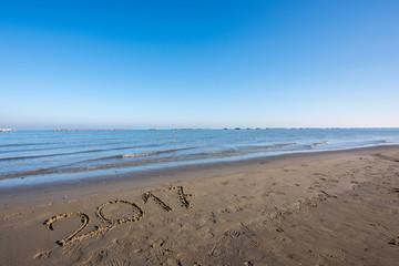 Canvas Prints Inspirational message Anno 2017 sulla sabbia in spiaggia