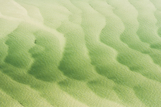 Current patterns on sandbanks within Breede River, South Africa
