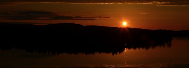 MIDNIGHT SUN NORTHERN FINLAND FOREST, SCANDINAVIA, EUROPE