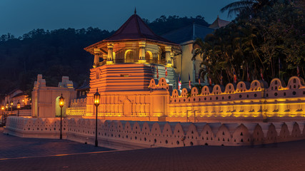 Sri Lanka: Temple of the Tooth (Sri Dalada Maligawa), Kandy at night