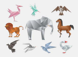 Wall Mural - Origami animals. Vector 3d paper japanese animal set. Elephant and horse, lion dove