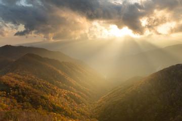 Fotobehang Aubergine Sunset in Mountain