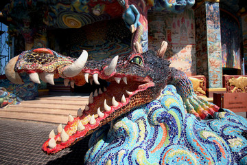 Statue large crocodile in front of crocodile ponds