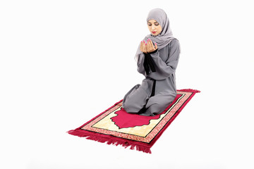Arab muslim woman praying