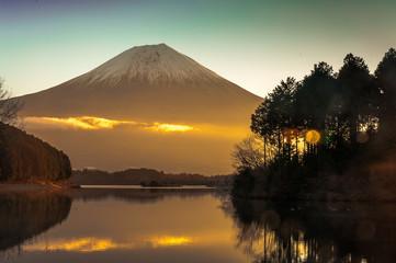 Lake Tanuki   is a lake near Mount Fuji, Japan.