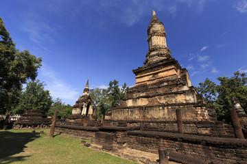 タイ国スコータイ県シーサッチャナライ歴史公園の遺跡ワット・チェディ・チェットテーオ