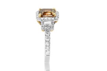 anillo argolla con diamantes amarillos y blancos y zafiros y rubies joyeria en oro
