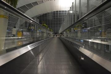 eye of the port (airport escalator center vector mall)