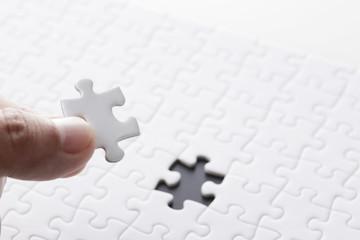 白いジグソーパズル White jigsaw puzzle