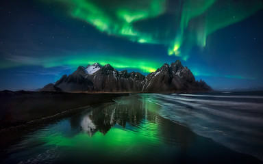 Aluminium Prints Northern lights Stokksnes Northern Lights Green Reflection - ICELAND